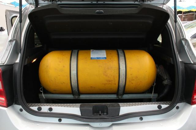 Renault Sandero, Único dono, GNV, completo - Foto 7