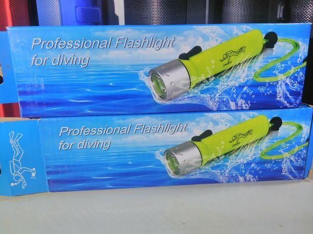 Lanterna prova d'água;) Entrega grátis