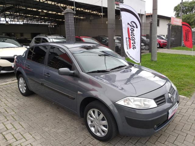 RENAULT MEGANE 1.6 SEDAN EXPRESSION 16V FLEX 4P MANUAL - Foto 2