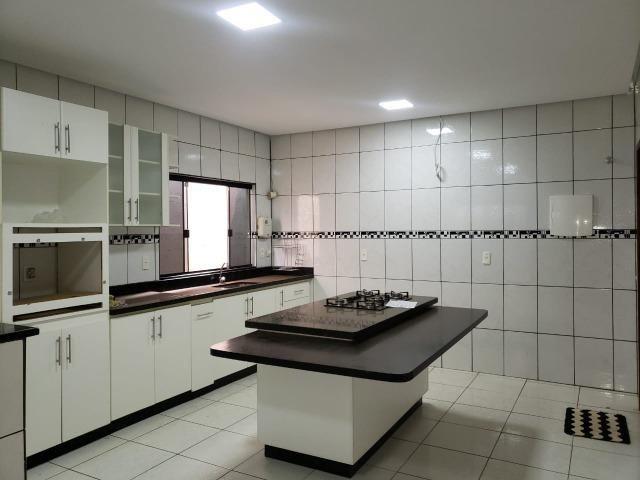 Excelente localização, Rua 08, 03 quartos, 01 suíte com closet, lote 400m² - Foto 6