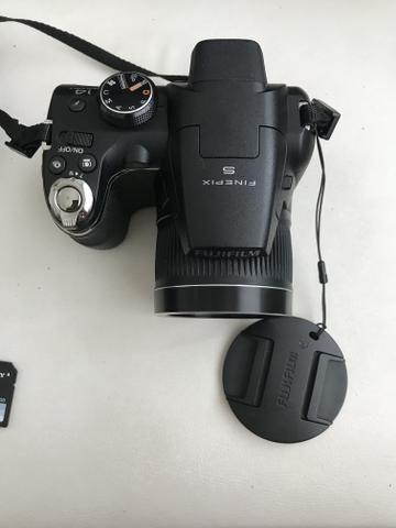 Câmera semi profissional Fujifilm Finepix s3300. Zoom óptico de 26x. 14mp - Foto 2