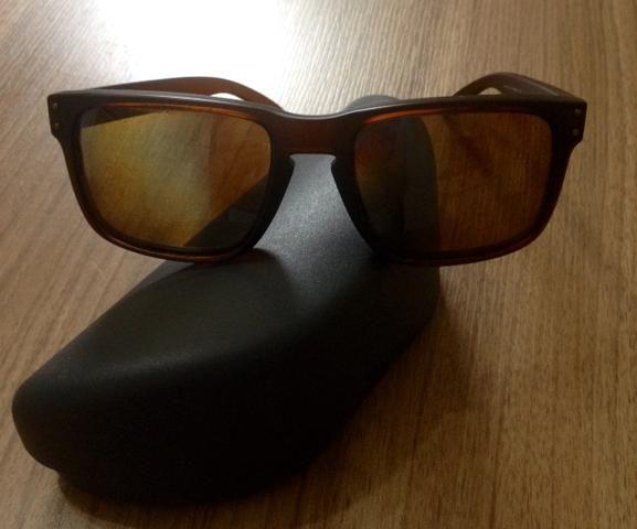 Oculos de sol - Bijouterias, relógios e acessórios - Alto da Glória ... e5f1cf2d61
