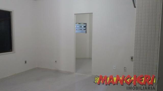 Aluga-se salas em galeria no Bairro São José
