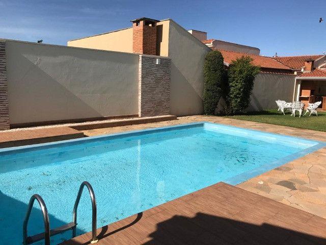 Residência construída em 700 M2 de terreno com piscina em Araras-SP - Foto 4