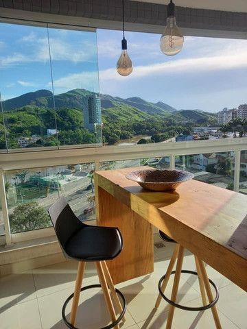 A RC + Imóveis vende um excelente apartamento no centro de Três Rios-RJ - Foto 2