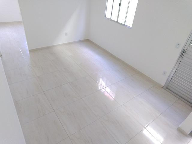 Olha Só A Sua Casa Nova Aqui! Deixe o Aluguel Já! FGTS na Entrada! 2 Dormitórios - Foto 6