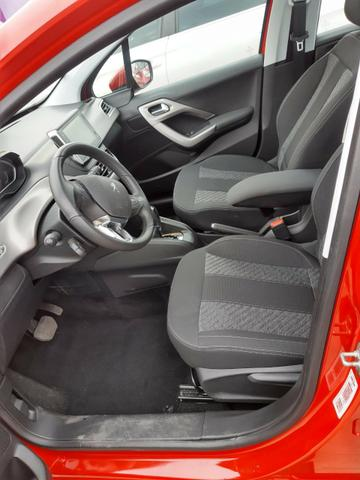 Peugeot 208 Griffe 1.6 automático 2018/19 - Foto 6