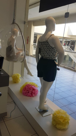 Poltrona Bubble Suede Original + Manequins de fibra + . - Foto 4