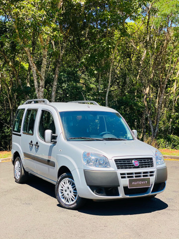 (Vendido) FIAT Doblo essence 2018 7 lugares  - Foto 19