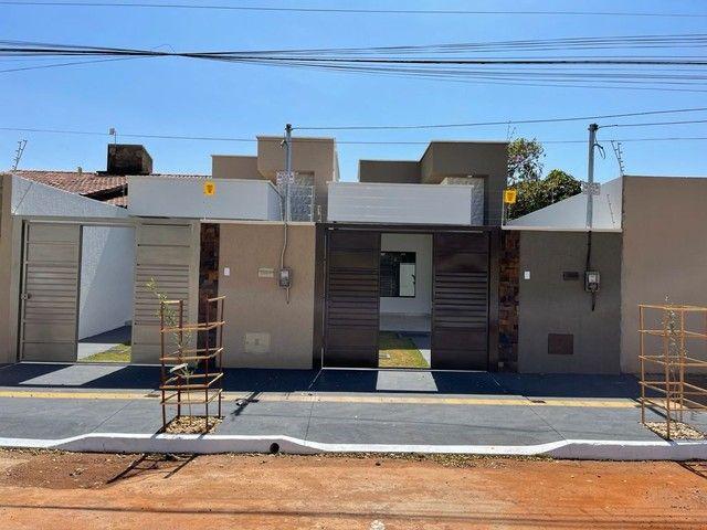 Casa para venda possui 100 metros quadrados com 3 quartos em Setor Três Marias - Goiânia -