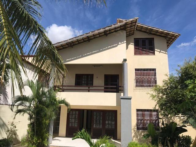 Casa no Bairro Sapiranga com 526 m² ,13 quartos,piscina e deck