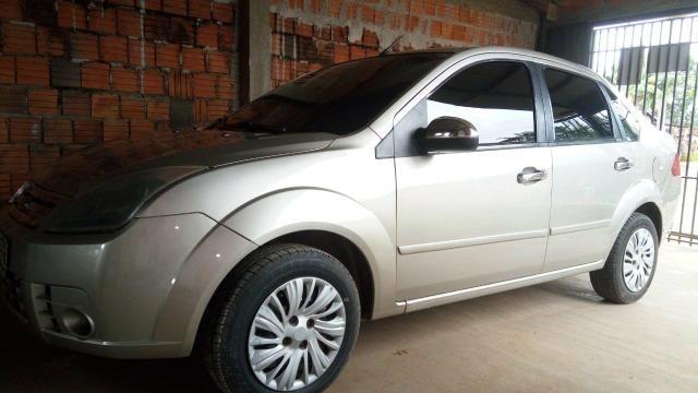 Vendo Ford Fiesta sedan 2007/2008 - Foto 2