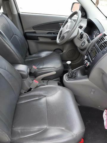 Hyundai Tucson manual impecável - Foto 8