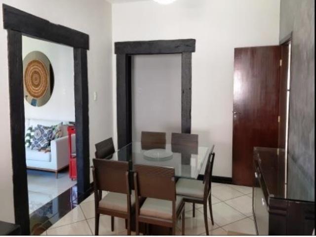 Localização excelente no bairro joão pinheiro,rua cata preta,casa espaçosa arejada,com ilu - Foto 4