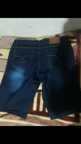 Vendo essa bermuda jeans nova n 46 - Foto 2