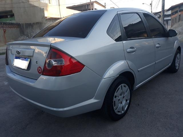 Fiesta Sedan 1.6 8V Class Flex + Gnv 2010 (IPVA 2020 Quitado) - Foto 3