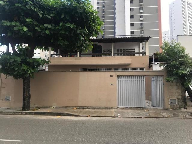 Casa com 4 dormitórios para alugar, 400 m² por R$ 3.500/mês