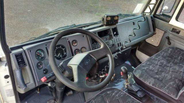 Ford Cargo 1622 truck 6x2 com caçamba Rosseti 10m3 unico dono - Foto 9