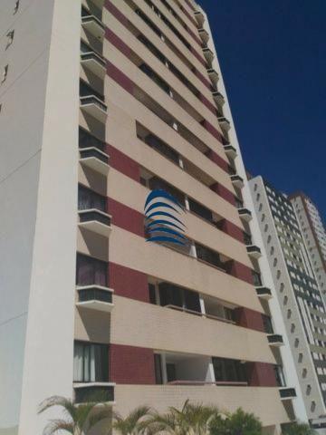 Oportunidade, lindo apartamento em Armação com 86 m² 3/4, sendo 1 suite + dependência comp