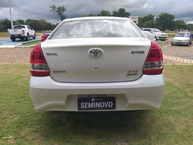 Etios Toyota SD XS 1.5 - Foto 3