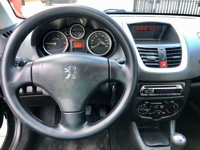 Peugeot 207 SW 1.4 Completo com pneus novos. - Foto 7