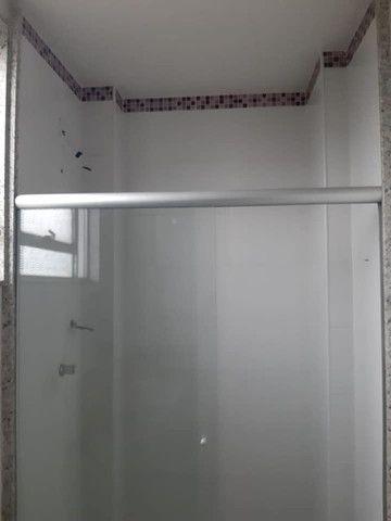 A RC+Imóveis vende um excelente apartamento no centro de Três Rios-RJ - Foto 13