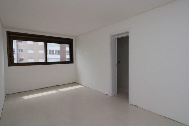 Apartamento 3 dormitórios próximo as 4 praças - Foto 5