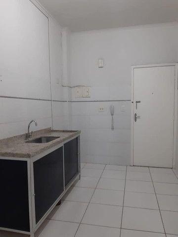 A RC+Imóveis vende um excelente apartamento no centro de Três Rios-RJ - Foto 6