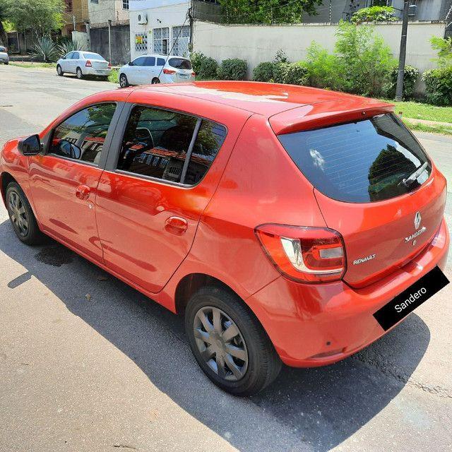 Renault Sandero Hatch 1.0 2015 - Foto 11