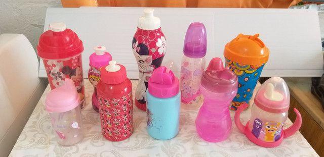 10 mamadeiras e garrafas de água infantis