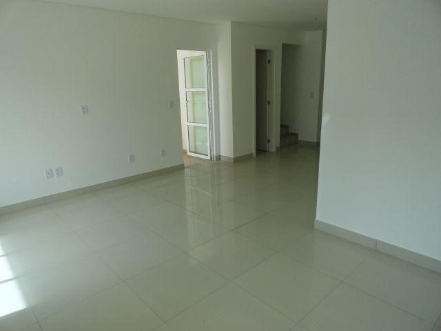 CA0064 - Casa duplex 130 m², 3 suítes, 2 vagas, Residencial Pamplona, Guaribas, Eusébio - Foto 2