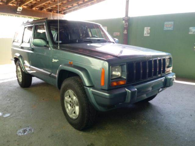Captivating Jeep Cherokee Sport 4X4 XJ