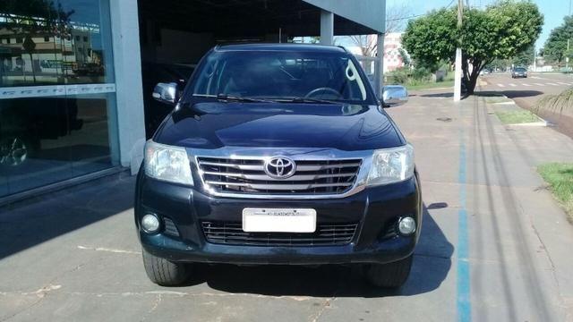 Toyota Hilux Sr Cd 4x2