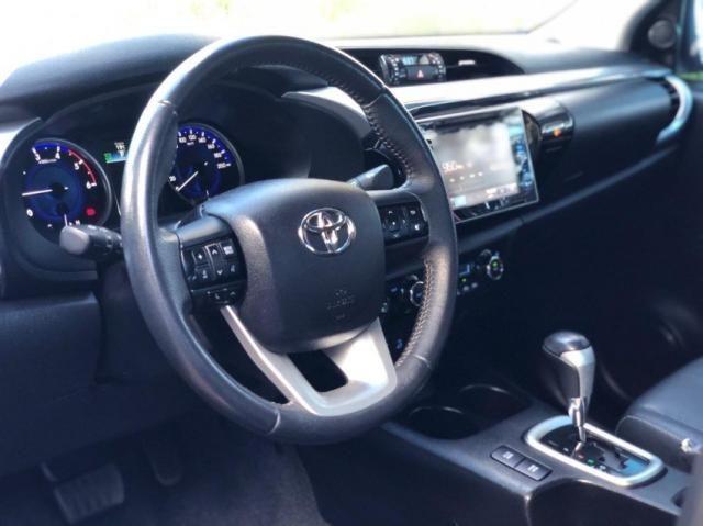 Toyota Hilux SRX 4P - Foto 5