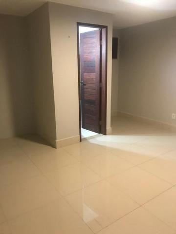 Casa no Bairro Sapiranga com 526 m² ,13 quartos,piscina e deck - Foto 14
