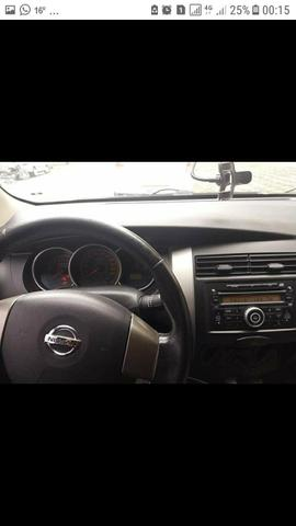 Nissan Lívina SL 1.6 16v - Foto 4