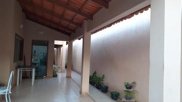 Vende-se casa no bairro Asa Sul, em Irecê - Foto 18