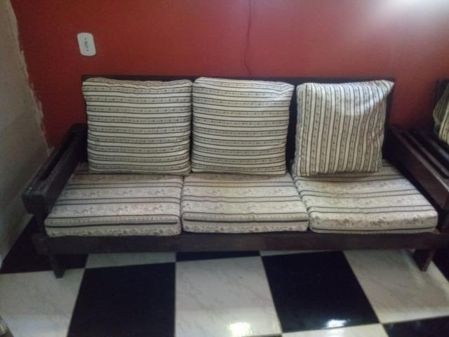 Conjunto de sofá de 3 lugares e 1 poltrona