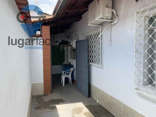 Casa sobrado com 4 quartos - Bairro Cidade Jardim em Goiânia - Foto 7
