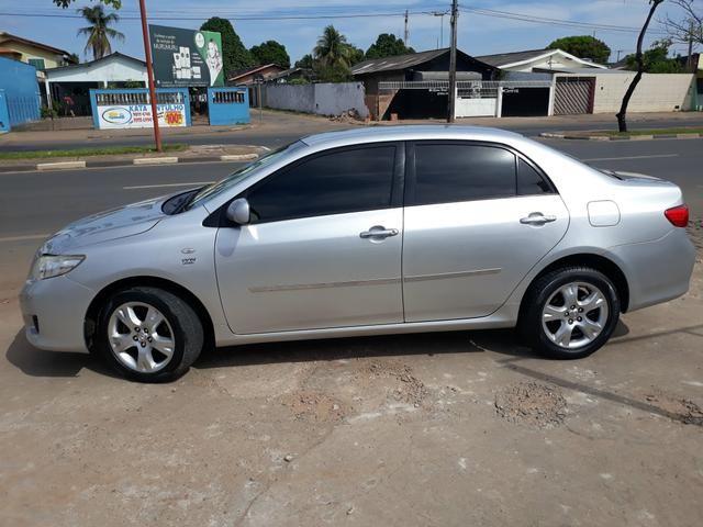 Vendo corola Toyota modelo 2011. 1.8 prata. R$31.000 . *