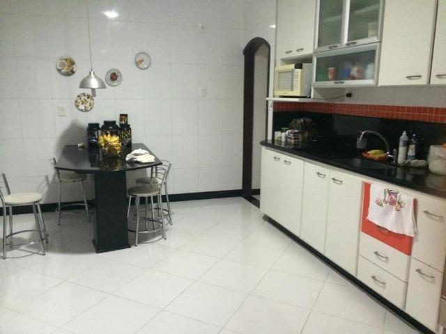 Linda, entrar e morar, 4 quartos, piscina e churrasqueira - Foto 17