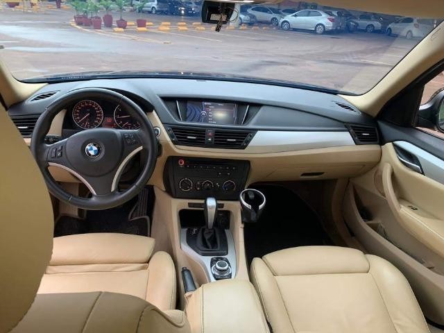 BMW X1 Sdriver 18i Marrom e bancos Bege - Foto 4