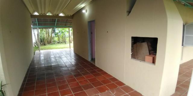 Casa em alvenaria localizada na Barra do Saí - Foto 5