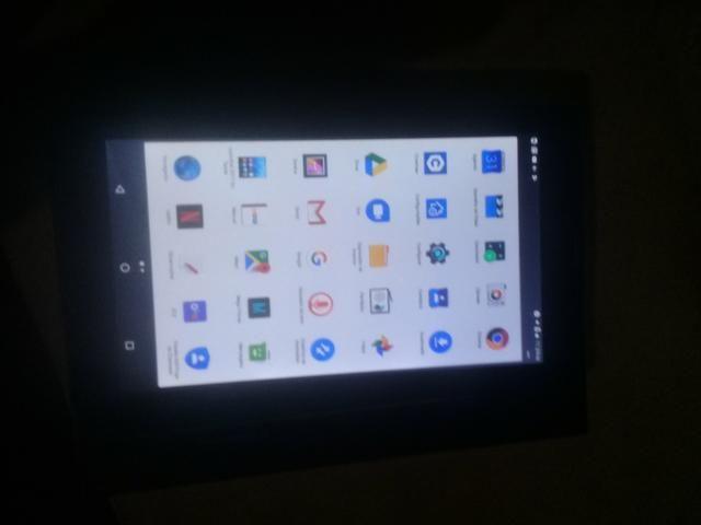 Troco Tablet Semi novo em Celular. - Foto 2