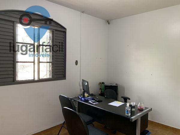 Casa sobrado com 4 quartos - Bairro Cidade Jardim em Goiânia - Foto 18