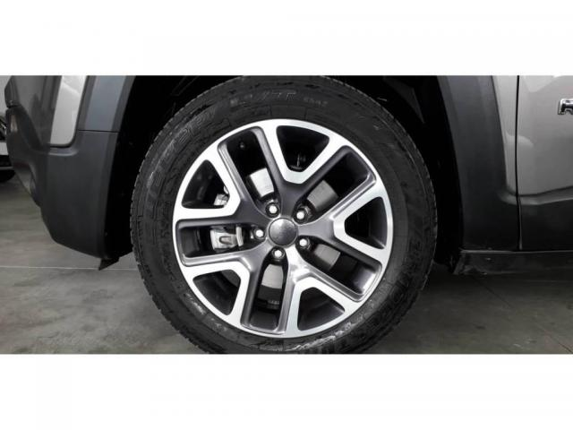 Jeep Renegade LONGITUDE 1.8 16V FLEX - Foto 8