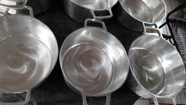 Panelas de alumínio batido de todos tamanho - Foto 6