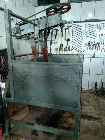 Máquina de retificar e brunir cilindro - Foto 2