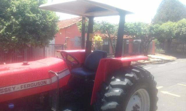 Trator 275 / 4X4 Massey - Ferguson - Foto 5