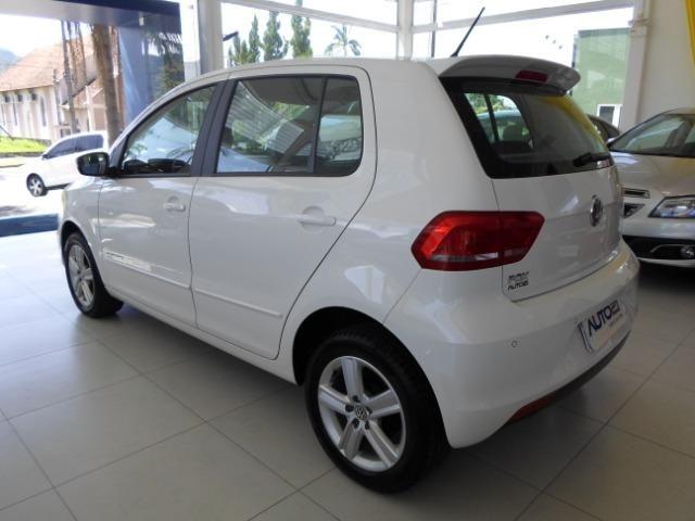 VW Fox 1.6 Comfotline I-motin - impecável - Foto 5